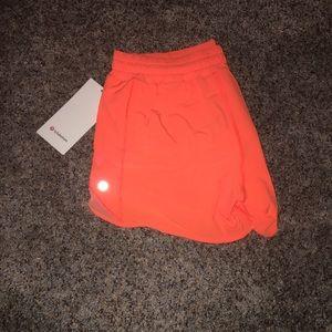 "Lululemon Highlight Orange Hotty Hot LR 4"" 10"